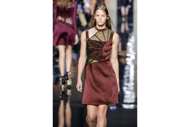 Christopher-Kane-ful-W-S15-L-045_hg_temp2_s_full_l
