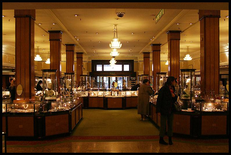 Una gioielleria di Harrods Photo credit: http://zloris.blogspot.it/