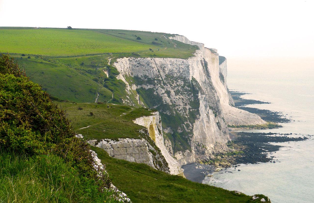 Le bianche scogliere di Dover: trekking e relax tra natura e storia