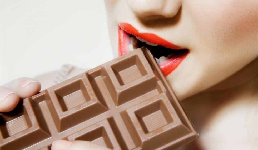 Assaggiatore di cioccolato cercasi: l'annuncio di Milka e Oreo.